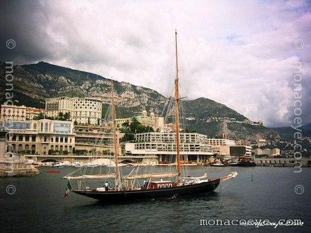 Yacht name: Black Swan Length: 108 ft • 32.9 m (40.5 m) Year: 1899