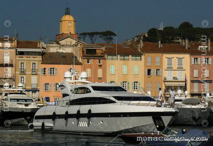 Yacht name: Mangusta 105. Mangusta 105 Sealyon will be at the yacht show ...