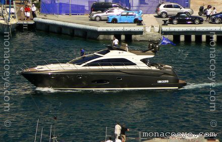 The new line of Riva yachts - named SportRiva - starts with the SportRiva 56 ...