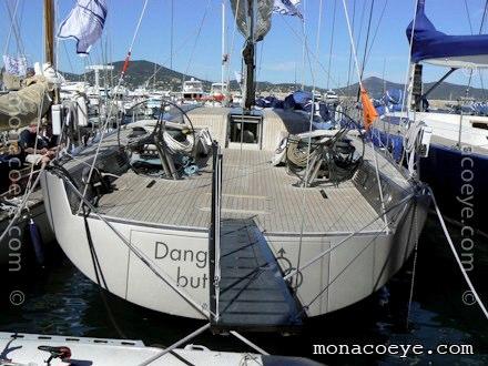 Yacht name: Dangerous But Fun • Wally 80 # 1 Flush Deck Length: 79 ft • 24 m