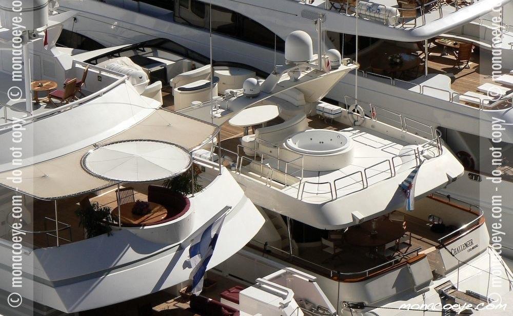 Azimut 100 • Challenger Yacht name: Azimut 100 • Challenger Length: 100 ft