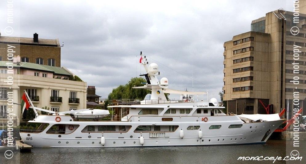 Um Hurair, yacht