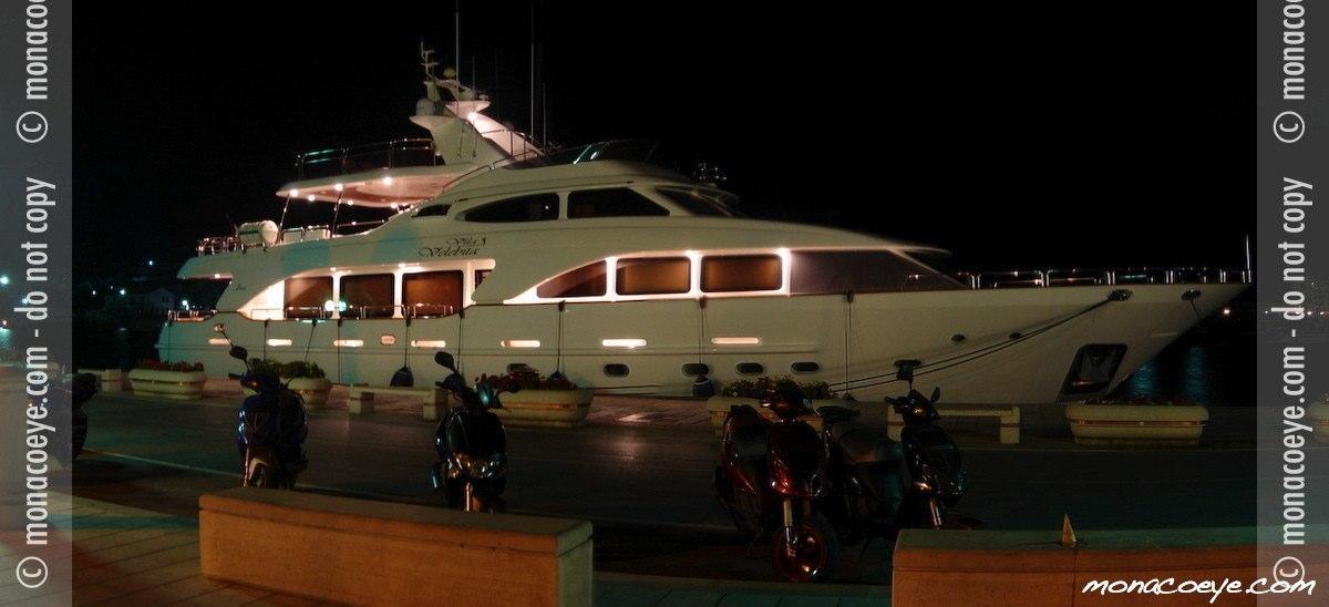 Vila Velebita 3, yacht
