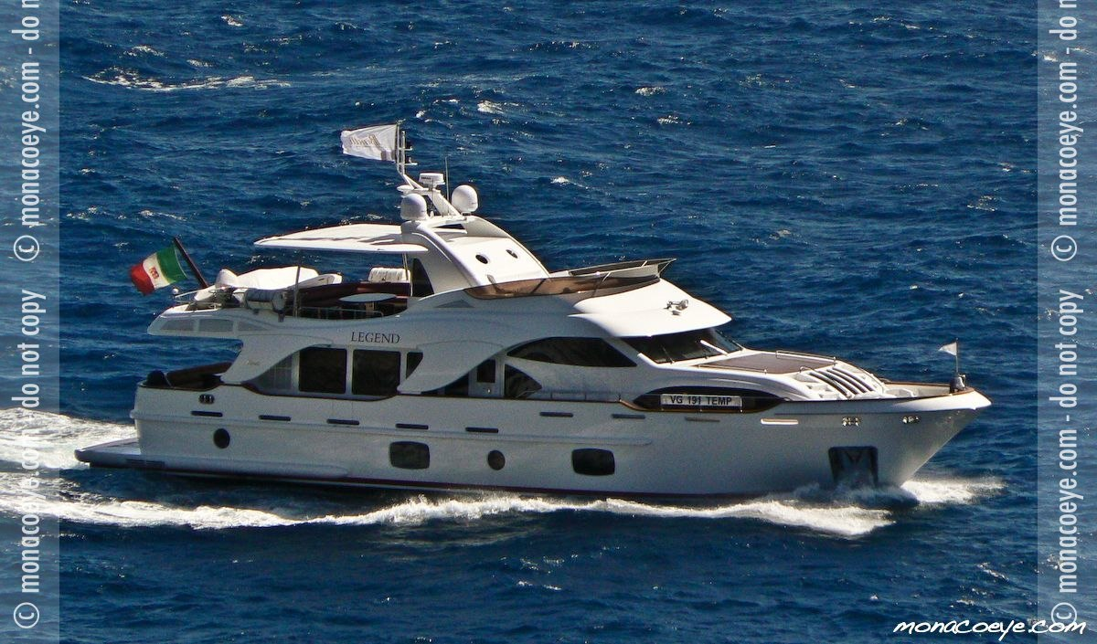 Yacht name: Benetti Legend Length: 85 ft • 25.9 m. Year: 2007