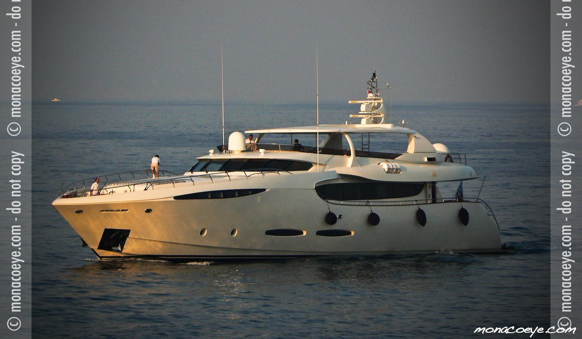 Phoenix, yacht