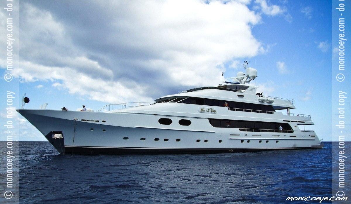 Nice N Easy, yacht
