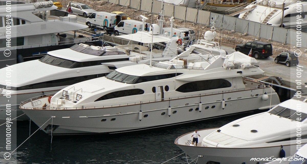 Falcon 115 Ester, yacht