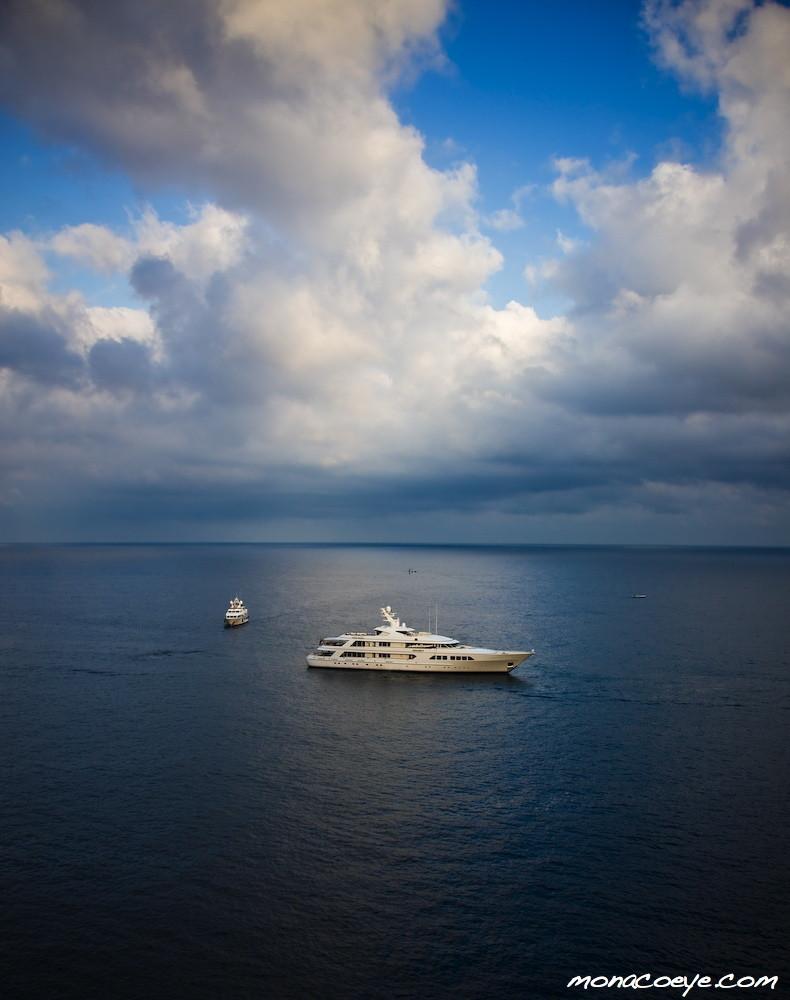 Secret, yacht