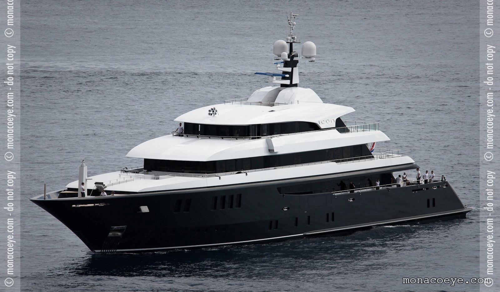 Icon, yacht
