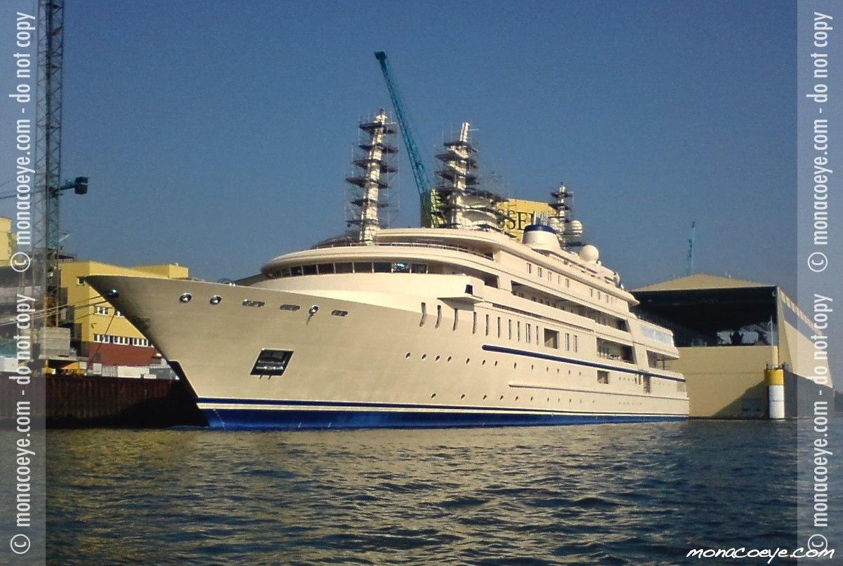 Al Said, yacht