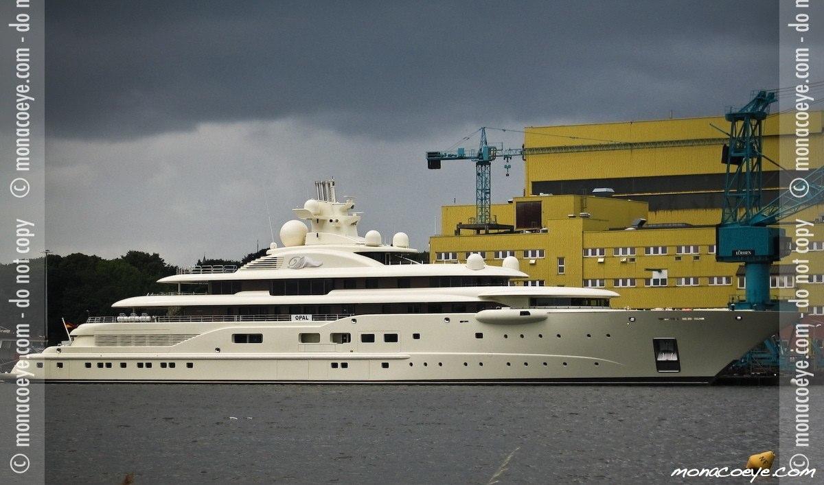 Dilbar, yacht