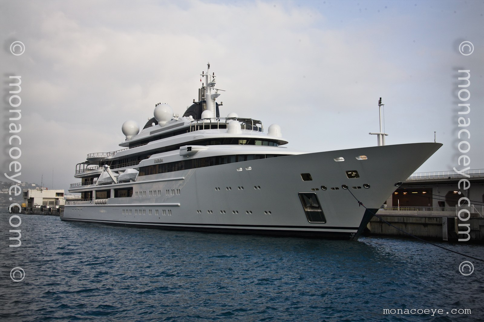 Katara, 2010 design from Lurssen. .