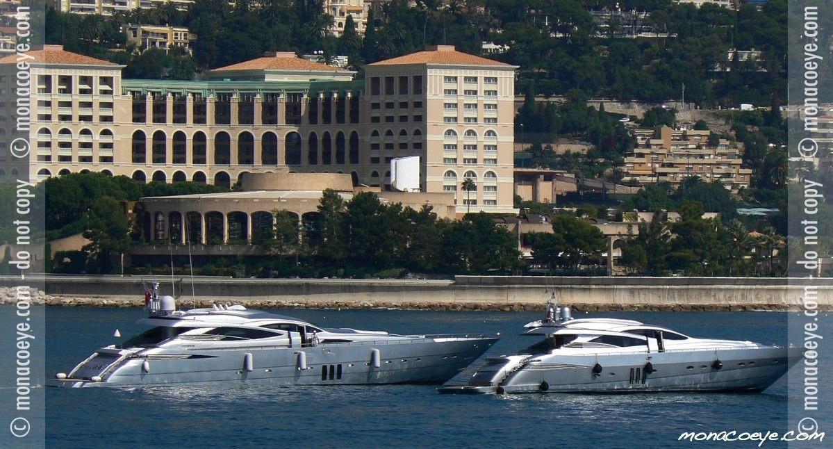 Monaco Yacht Show 2006 - Pershing 90