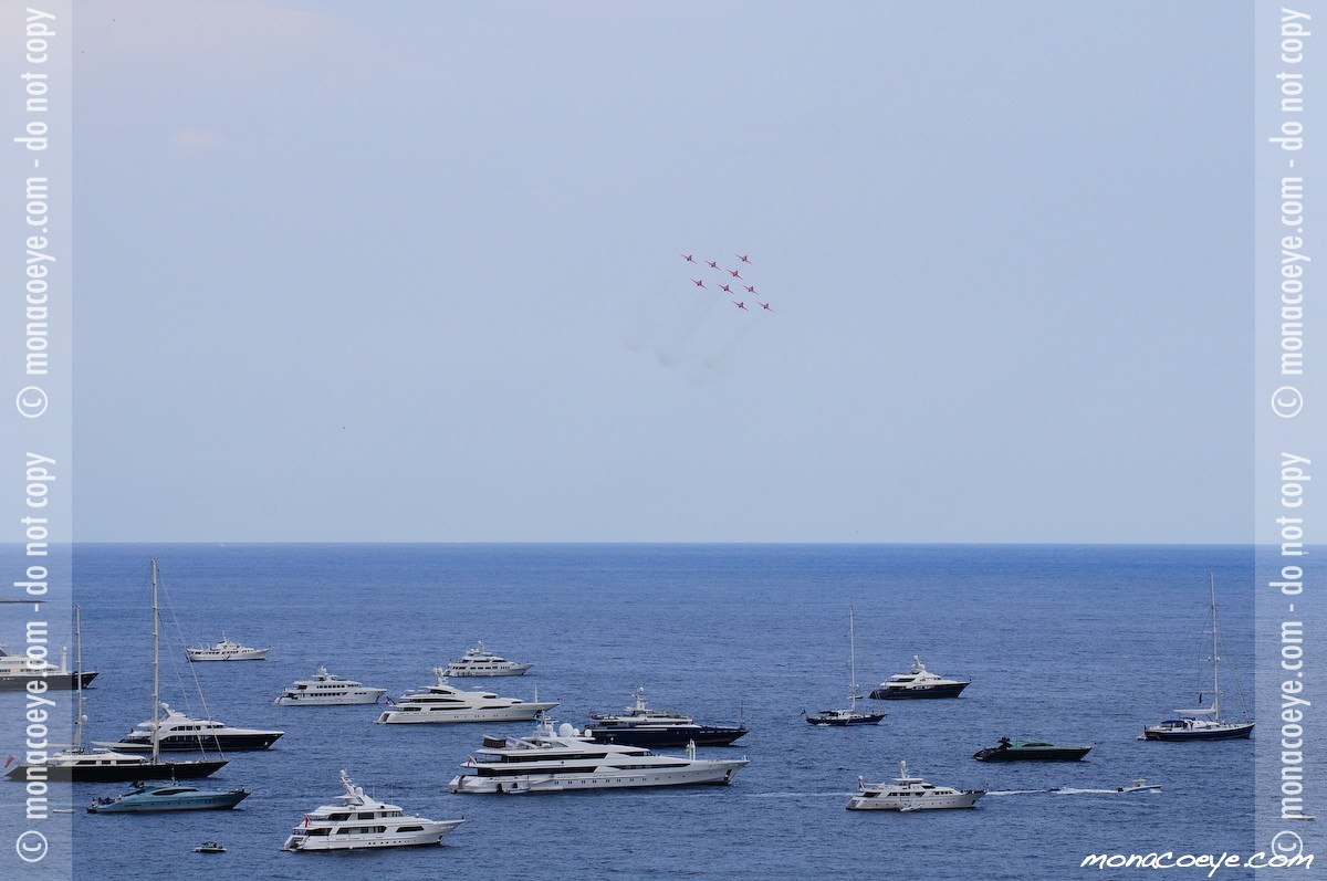 Monaco Yacht Show 2008 - Red Arrows